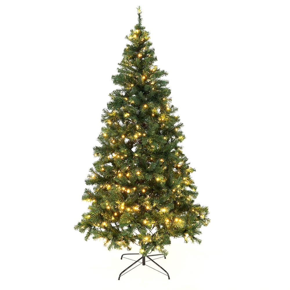 Vianočný stromček so svetielkami